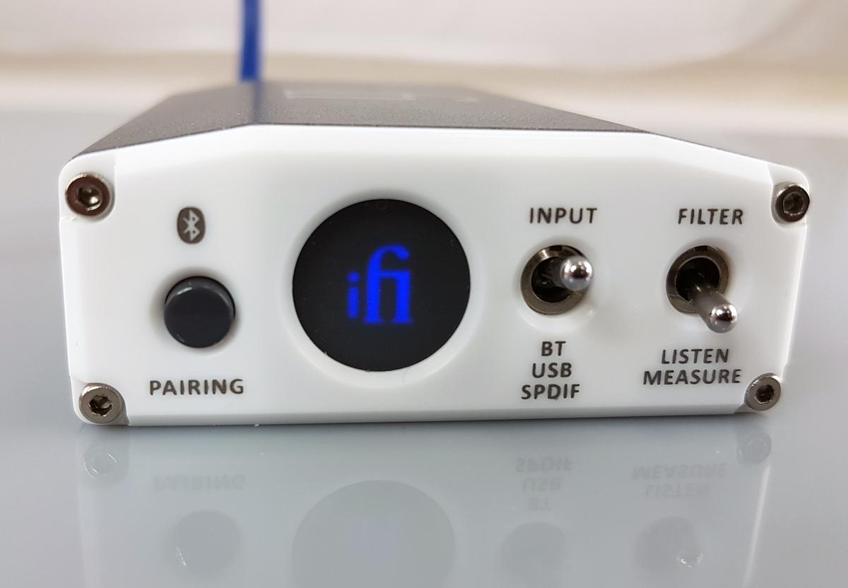 Синий дисплей ЦАП iFi Nano iOne