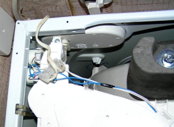 Вид на стиральную машину со