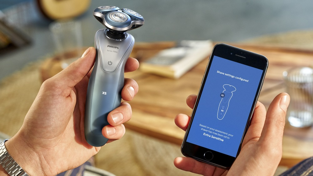 бритвой Smart Shaver series 7000