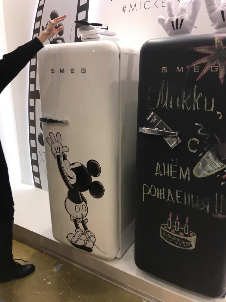 холодильники Микки Мауса