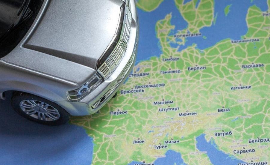 На машине в Европу: какие штрафы ждут автопутешественников за превышение скорости?