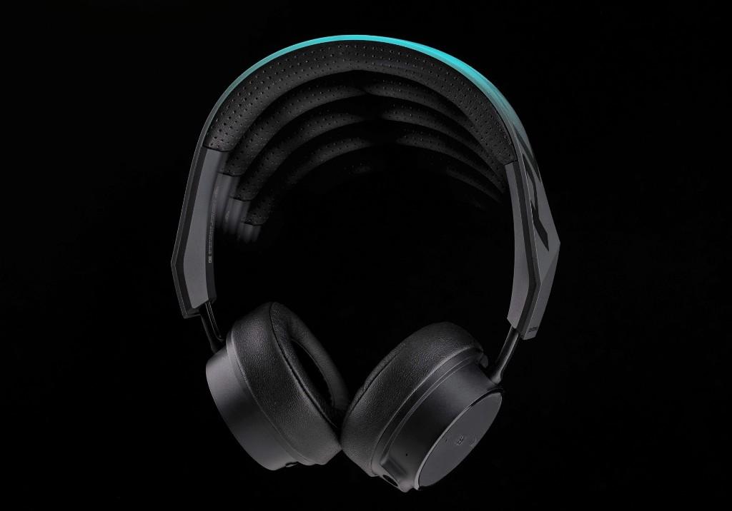 Наушники Plantronics BackBeat FIT 500: музыка, которая бегает с тобой