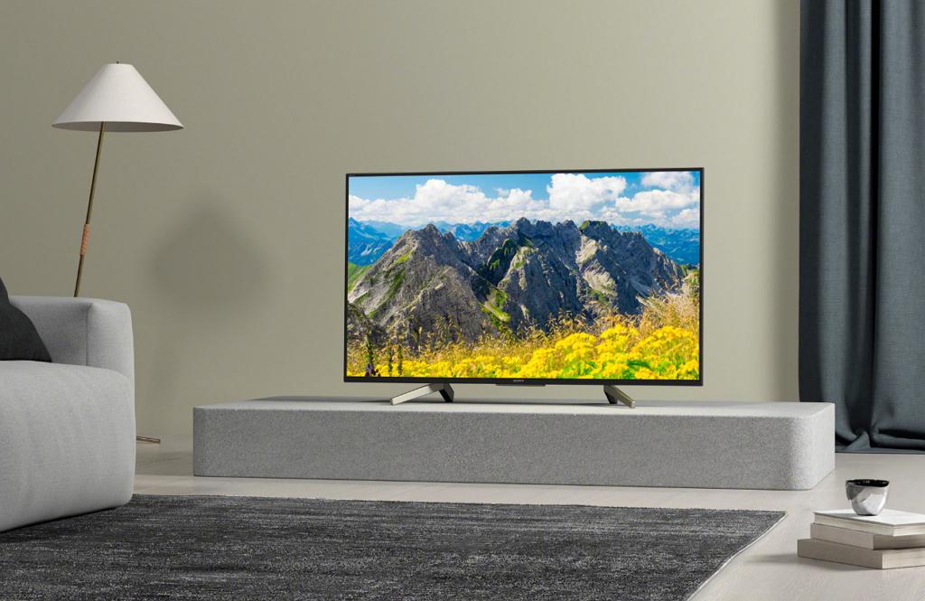 Телевизор – по-прежнему важнейшая техника в гостиной
