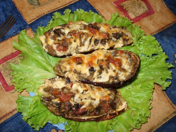 Баклажановые лодочки с курицей запеченные в духовке рецепт