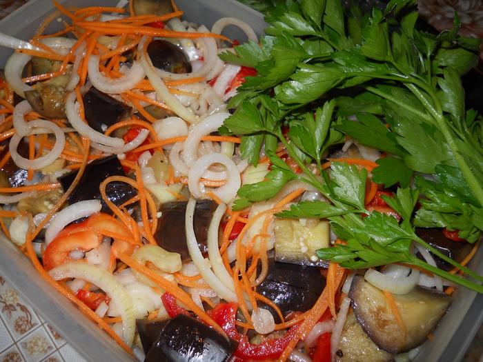 Рецепты салатов из перца и синих на зиму