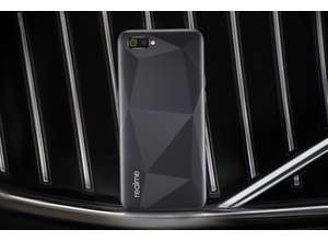 Смартфон realme C2: премиальные технологии по доступной цене