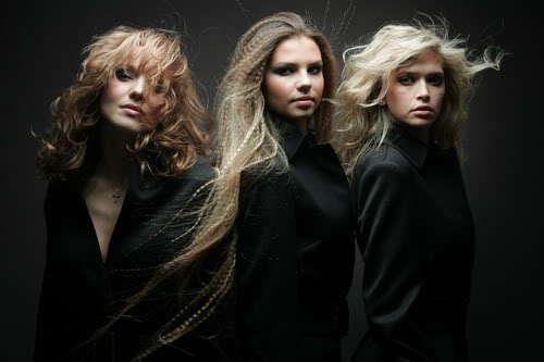 Зажигает С Тремя Блондинками Сразу